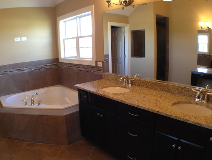 Custom master bath in the Karson floorplan, Stewart Ridge